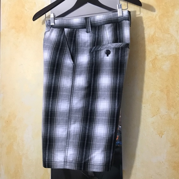 South Pole Other - Men's EUC South Pole Plaid Shorts Size 32.